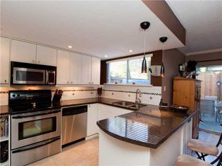 Photo 14: 2986 MT SEYMOUR Park in North Vancouver: Northlands Townhouse for sale : MLS®# V929953