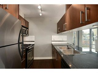 "Photo 5: 705 587 W 7TH Avenue in Vancouver: Fairview VW Condo for sale in ""AFFINITI"" (Vancouver West)  : MLS®# V999925"