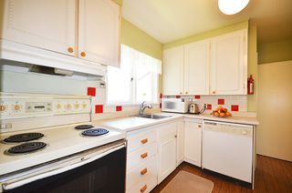Photo 36: 618 W 22ND ST in North Vancouver: Hamilton House for sale : MLS®# V1003709