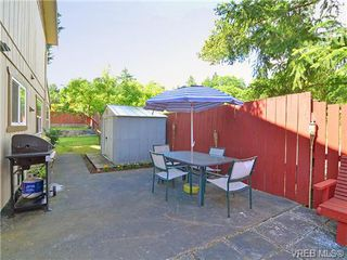 Photo 4: 561B Acland Ave in VICTORIA: Co Wishart North Half Duplex for sale (Colwood)  : MLS®# 642319