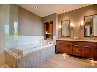 "Photo 7: # 103 2575 GARDEN CT in West Vancouver: Whitby Estates Townhouse for sale in ""AERIE 11"" : MLS®# V1011354"