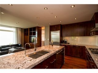 "Photo 2: # 103 2575 GARDEN CT in West Vancouver: Whitby Estates Townhouse for sale in ""AERIE 11"" : MLS®# V1011354"