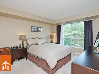 Photo 6: 1 2565 Erin Centre Drive in Mississauga: Central Erin Mills Condo for sale : MLS®# W2668734