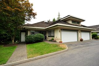 Photo 1: 27 4001 OLD CLAYBURN Road in Abbotsford: Abbotsford East Townhouse for sale : MLS®# F1319230