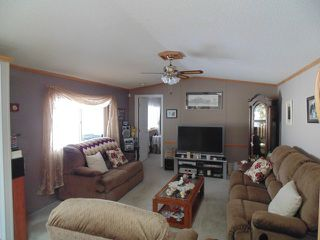 Photo 2: 37 4395 E Trans Canada Hwy in Kamloops: Dallas Manufactured Home for sale : MLS®# 120207