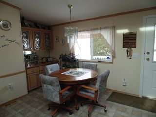 Photo 3: 37 4395 E Trans Canada Hwy in Kamloops: Dallas Manufactured Home for sale : MLS®# 120207