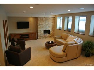 Photo 4: : Condominium for sale : MLS®# 1301776
