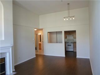 Photo 18: # 411 301 MAUDE RD in Port Moody: North Shore Pt Moody Condo for sale : MLS®# V1052665