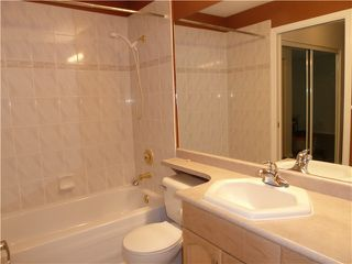 Photo 14: # 411 301 MAUDE RD in Port Moody: North Shore Pt Moody Condo for sale : MLS®# V1052665