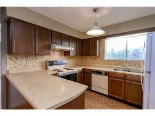 Photo 11: 3216 BOSUN PL in Coquitlam: Ranch Park House for sale : MLS®# V1119813
