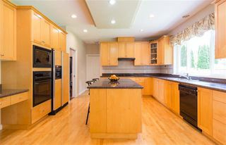 Photo 4: Coquitlam: Condo for sale : MLS®# R2080154