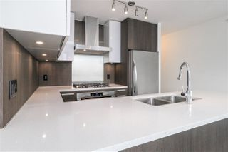 Photo 5: 909 3007 GLEN DRIVE in Coquitlam: North Coquitlam Condo for sale : MLS®# R2307871