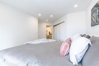 Photo 11: 3203 33 CHESTERFIELD Place in North Vancouver: Lower Lonsdale Condo for sale : MLS®# R2388716