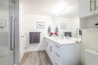Photo 12: 3203 33 CHESTERFIELD Place in North Vancouver: Lower Lonsdale Condo for sale : MLS®# R2388716