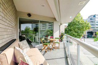 Photo 14: 3203 33 CHESTERFIELD Place in North Vancouver: Lower Lonsdale Condo for sale : MLS®# R2388716