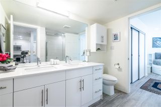 Photo 13: 3203 33 CHESTERFIELD Place in North Vancouver: Lower Lonsdale Condo for sale : MLS®# R2388716