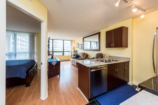"""Photo 3: 1315 938 SMITHE Street in Vancouver: Downtown VW Condo for sale in """"ELECTRIC AVENUE"""" (Vancouver West)  : MLS®# R2388880"""