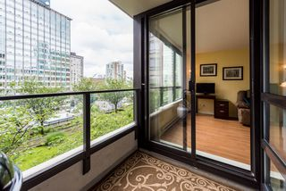 """Photo 14: 1315 938 SMITHE Street in Vancouver: Downtown VW Condo for sale in """"ELECTRIC AVENUE"""" (Vancouver West)  : MLS®# R2388880"""