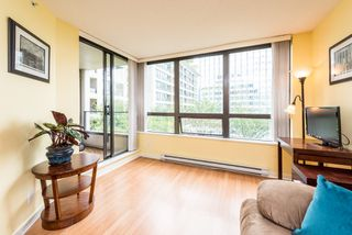 """Photo 8: 1315 938 SMITHE Street in Vancouver: Downtown VW Condo for sale in """"ELECTRIC AVENUE"""" (Vancouver West)  : MLS®# R2388880"""