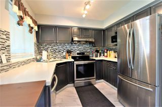 Photo 6: 205 13900 HYLAND Road in Surrey: East Newton Townhouse for sale : MLS®# R2391258