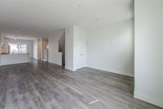 Photo 2: 89 8217 204B Street in Langley: Willoughby Heights Townhouse for sale : MLS®# R2394188