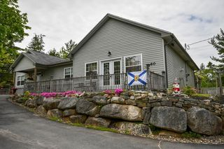 Photo 1: 60 Piggott Avenue in Fall River: 30-Waverley, Fall River, Oakfield Residential for sale (Halifax-Dartmouth)  : MLS®# 202002647