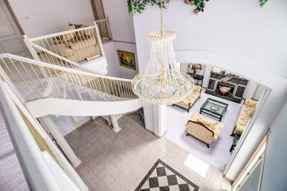 Photo 4: 9360 GORMOND Road in Richmond: Seafair House for sale : MLS®# R2446020