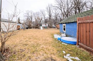 Photo 17: 393 Thompson Drive in Winnipeg: Grace Hospital Residential for sale (5F)  : MLS®# 202011418