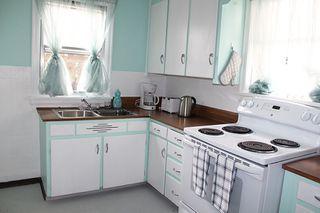 Photo 3: 10735 84 Avenue in Edmonton: Zone 15 House for sale : MLS®# E4200045