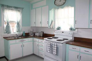 Photo 2: 10735 84 Avenue in Edmonton: Zone 15 House for sale : MLS®# E4200045