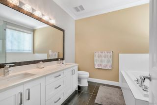 Photo 16: 5917 139A Street in Surrey: Sullivan Station House for sale : MLS®# R2469159