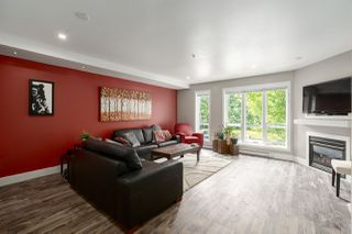 """Photo 2: 5 1261 MAIN Street in Squamish: Downtown SQ Townhouse for sale in """"SKYE"""" : MLS®# R2473764"""