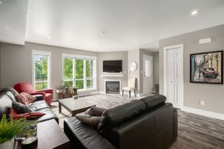 "Photo 1: 5 1261 MAIN Street in Squamish: Downtown SQ Townhouse for sale in ""SKYE"" : MLS®# R2473764"