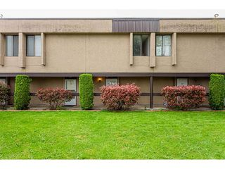 """Photo 22: 106 17720 60 Avenue in Surrey: Cloverdale BC Townhouse for sale in """"CLOVER PARK GARDENS"""" (Cloverdale)  : MLS®# R2503814"""