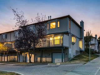 Photo 34: 225 Patina Park SW in Calgary: Patterson Row/Townhouse for sale : MLS®# A1040004