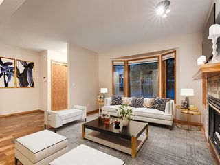 Photo 7: 225 Patina Park SW in Calgary: Patterson Row/Townhouse for sale : MLS®# A1040004