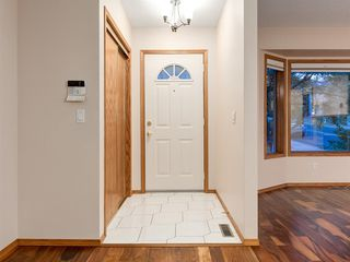 Photo 3: 225 Patina Park SW in Calgary: Patterson Row/Townhouse for sale : MLS®# A1040004