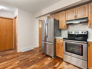 Photo 14: 225 Patina Park SW in Calgary: Patterson Row/Townhouse for sale : MLS®# A1040004