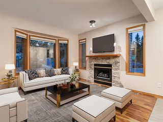Photo 5: 225 Patina Park SW in Calgary: Patterson Row/Townhouse for sale : MLS®# A1040004