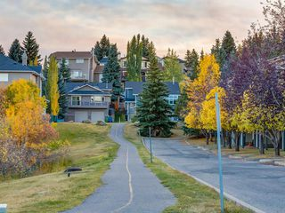 Photo 35: 225 Patina Park SW in Calgary: Patterson Row/Townhouse for sale : MLS®# A1040004