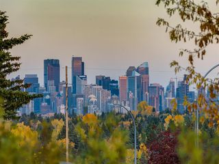 Photo 36: 225 Patina Park SW in Calgary: Patterson Row/Townhouse for sale : MLS®# A1040004