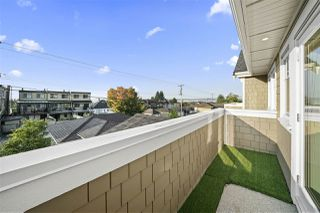Photo 12: 319 W 14TH Street in North Vancouver: Central Lonsdale Triplex for sale : MLS®# R2509153