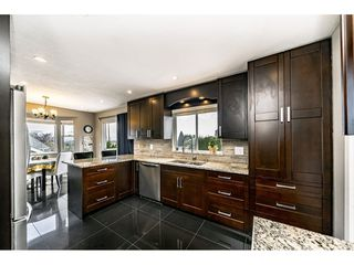 Photo 18: 2893 DELAHAYE Drive in Coquitlam: Scott Creek House for sale : MLS®# R2509478