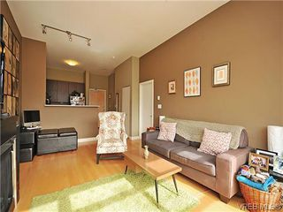 Photo 3: 416 797 Tyee Rd in VICTORIA: VW Victoria West Condo Apartment for sale (Victoria West)  : MLS®# 604129