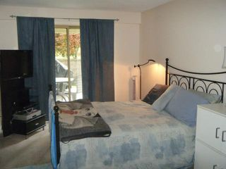 "Photo 5: 411 78 RICHMOND Street in New Westminster: Fraserview NW Condo for sale in ""GOVERNORS COURT"" : MLS®# V947254"