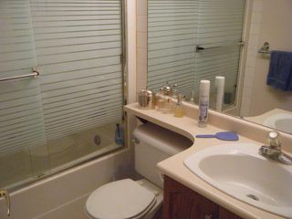 """Photo 6: 411 78 RICHMOND Street in New Westminster: Fraserview NW Condo for sale in """"GOVERNORS COURT"""" : MLS®# V947254"""