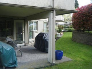 "Photo 7: 411 78 RICHMOND Street in New Westminster: Fraserview NW Condo for sale in ""GOVERNORS COURT"" : MLS®# V947254"