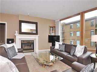 Photo 3: 303 5327 Cordova Bay Rd in VICTORIA: SE Cordova Bay Condo Apartment for sale (Saanich East)  : MLS®# 605408