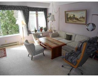 """Photo 2: 304 6737 STATION HILL Court in Burnaby: South Slope Condo for sale in """"THE COURTYARDS"""" (Burnaby South)  : MLS®# V960443"""