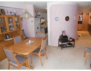 """Photo 6: 304 6737 STATION HILL Court in Burnaby: South Slope Condo for sale in """"THE COURTYARDS"""" (Burnaby South)  : MLS®# V960443"""